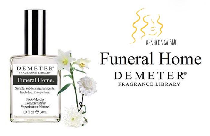 Mùi nước hoa lạ